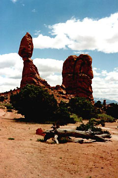Balanced Rock, Arches Nationalpark, Utah